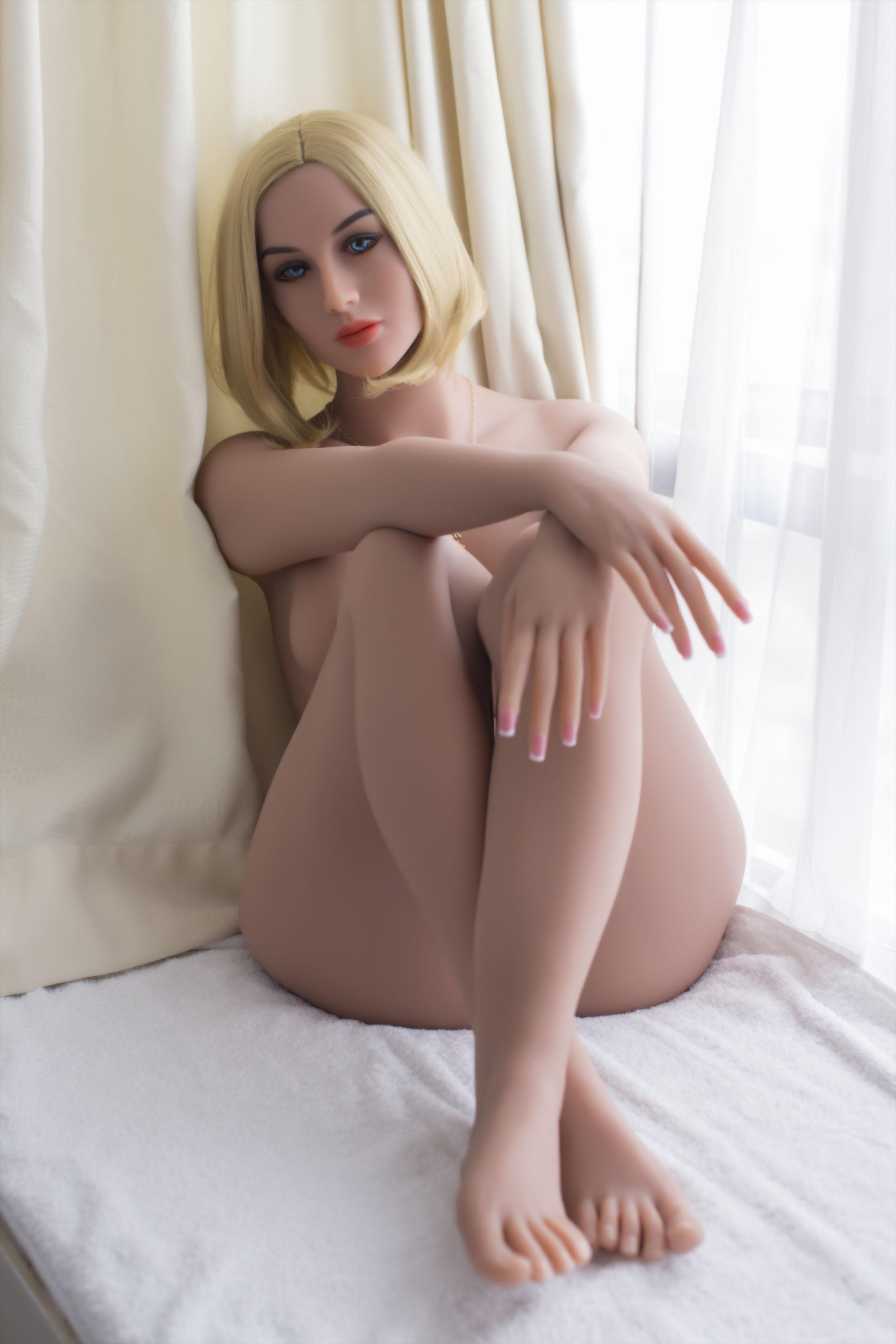 KAYLA Doll 21